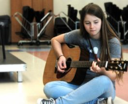 Richland Library begins Wednesday guitar jams sessions