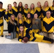 Retro warmups create tradition for girls' basketball team