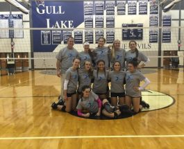Varsity volleyball wins home mini tournament