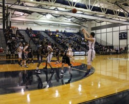 Varsity basketball searches for first win of season vs Lakeview