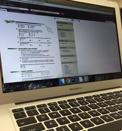 Online classes add challenges for students with risks and rewards