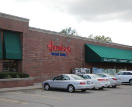 Harding's proves it is a friendly market to its customers and employees