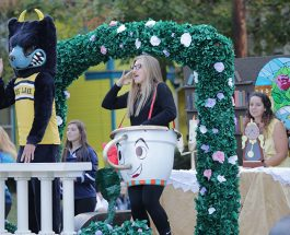 An art kid's review of the 2017 Homecoming floats